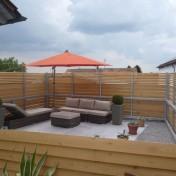 01+31 Hs. 17 Terrasse mit Möbel fertig (3)